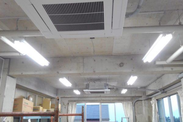 天カセエアコン設置とLED照明器具取付