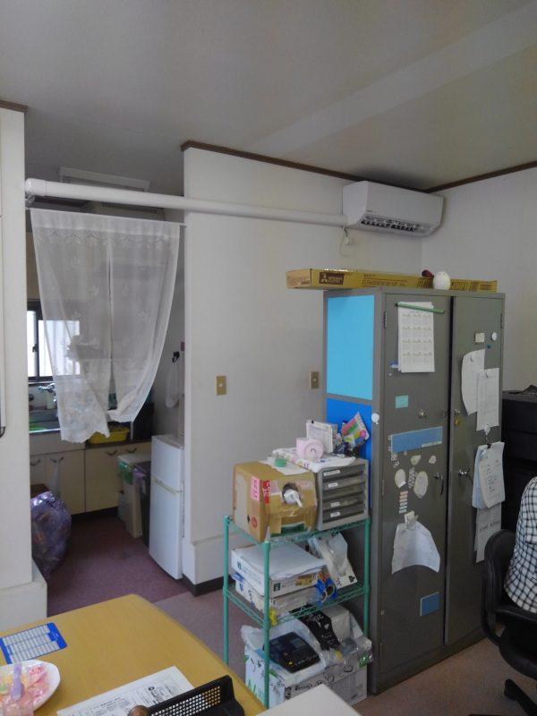 事務所のエアコン取替サムネイル