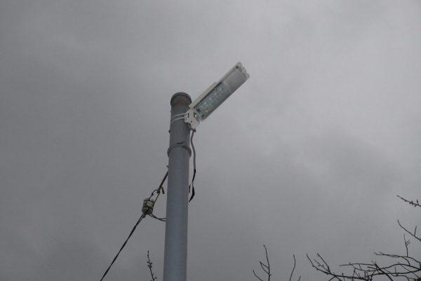東山小中学校水銀灯ランプ取替 工事サムネイル