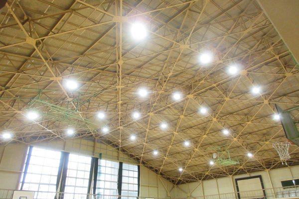 中部中学校屋内運動場照明設備改修工事