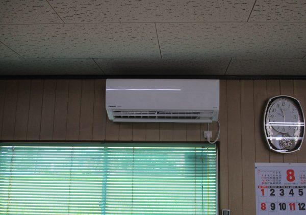 エ ア コ ン 14畳   2台  取付工事  ①サムネイル